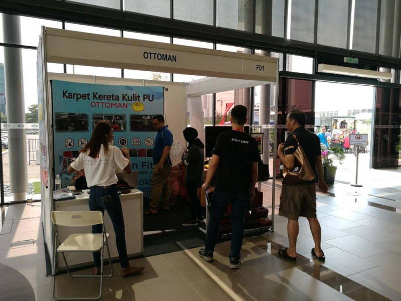 indoor exhibition 3