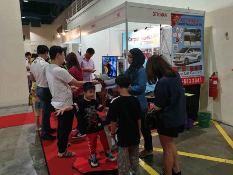 indoor exhibition 8